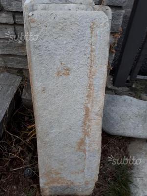 Gradini in pietra antichi
