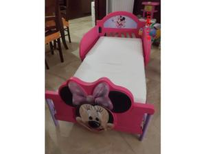 Letto Minnie e Set letto Hello Kitty