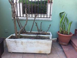 Vasi bianchi da giardino posot class for Bianchi arredo