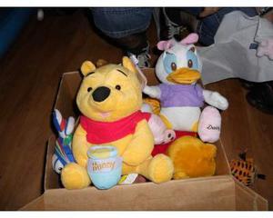 Peluche pupazzi Disney Disneyland Looney tunes Cars Winnie
