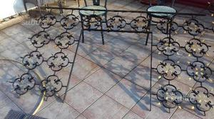 2Telai da balconata in ferro battuto