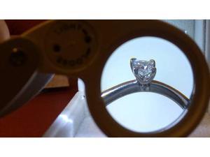 Anello in Platino con Diamante