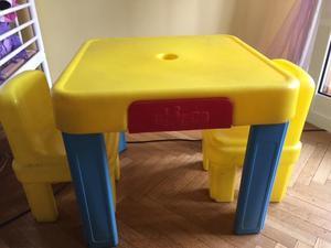 TAVOLINO Chicco con 2 sedie