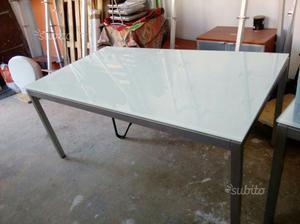 Tavoli e mensole teolo posot class for Calligaris tavoli cristallo