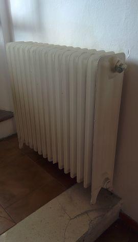 Termosifoni radiatori ghisa, termoarredo e caldaia