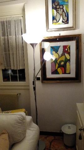 LAMPADA piantana a due luci