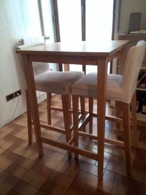 Tavolo e 2 sgabelli Ikea - OTTIMO STATO