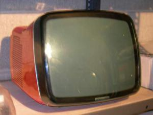 Vendo TV BRIONVEGA Algol 2 12 color arancione
