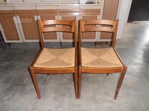 Coppia sedie vintage in legno e paglia