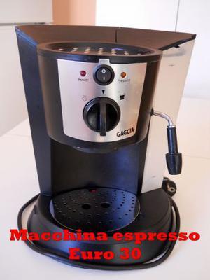 Macchina caffè espresso e cappuccino