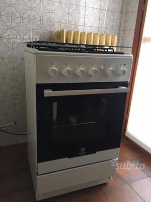 Forno elettrico piano cottura gas posot class - Piano cottura e forno ...