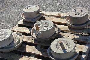 Collezione macine manuali in pietra completa di pi