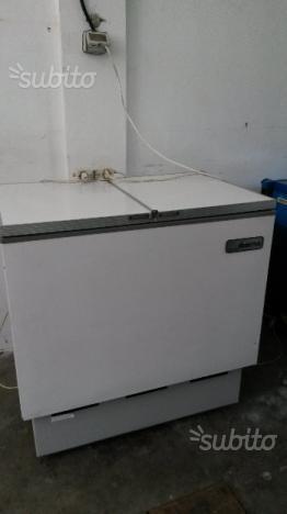 Freezer marca iberna a pozzetto2 posot class for Congelatore a pozzetto piccolo