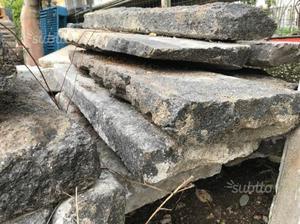 Scalini - gradini ed altro in pietra lavica