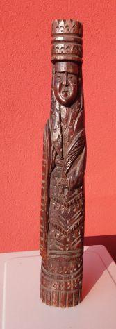 Statua veneziana di Madonna in legno antico remo di gondola