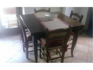 Tavolo in legno arte povera con 4 sedie