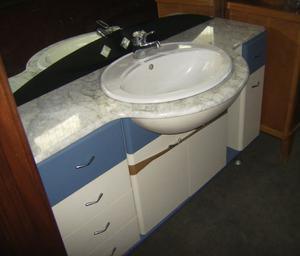 Vendo mobile bagno azzurro marca deal to posot class - Vendo mobile bagno ...