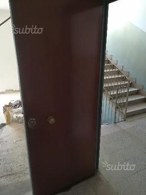 Cilindro serratura porta blindata posot class - Mostrine porta blindata dierre ...