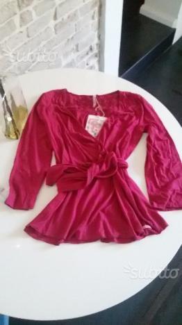 Maglia rosa magenta nuova con cartellino viscosa