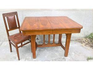 Tavolo in noce allungabile + sei sedie Liberty.