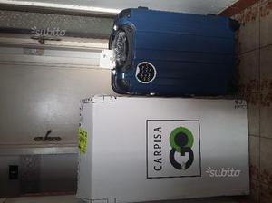 2 valigie nere mai usate porta abiti posot class for Appendi borsa carpisa
