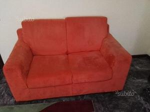 Divano Pelle Arancione : Divano posti in vera pelle arancione posot class