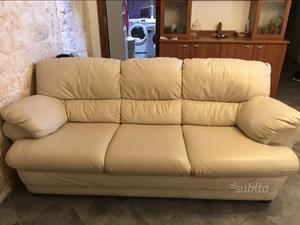 Divano 3 posti con pouf e copri divano gabel posot class - Lunghezza divano 3 posti ...