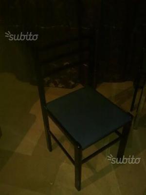 N. 4 sedie stile moderno in legno laccato nero