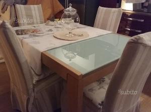 Tavolo da pranzo legno/cristallo/4 sedie