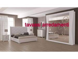 Camera da letto stile moderno completa di letto contenitore