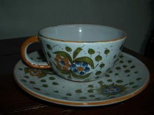Tazza in ceramica di Faenza