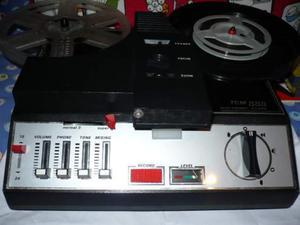 Proiettore sonoro 8 e super 8 della tcm