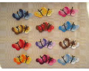 4 farfalle ad uncinetto