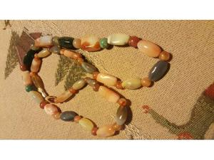Collana di pietre dure