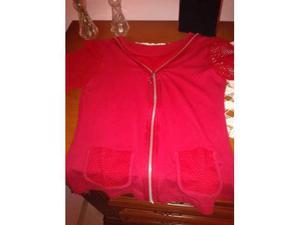 Maglietta rossa con inserti in rete