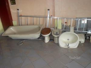 Set per bagno inutilizzato