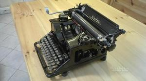 Macchina da scrivere Olivetti M40 - prima serie
