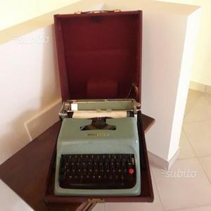 Macchina per scrivere olivetti studio 44