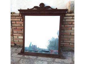 Vecchio specchio specchiera con cornice in legno barocca