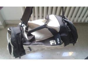 Vendo borsa sportiva NUOVA, marca FILA