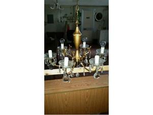 Lampadario in ottone e gocce in cristallo
