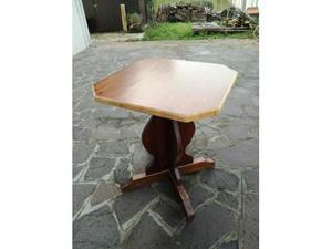 Tavolo 80x80 in legno massiccio