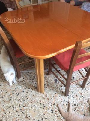 Tavolo da cucina apribile