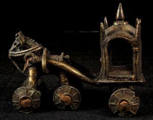 Giocattolo carro con cavallo scultura bronzo india