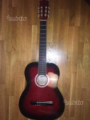 Chitarra classica Ashton nera e rossa