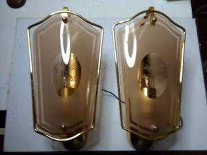 Coppia di applique anni 60 in metallo e vetro