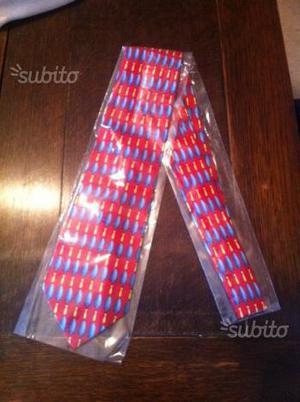 Cravatta Gucci originale nuova