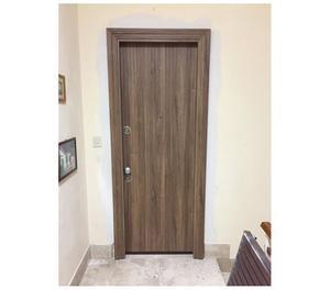 Porte imballate blindate e interne posot class for Porte finestre prezzi bassi
