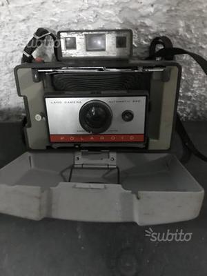 Polaroid 220