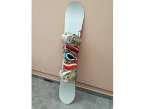 Tavola da snowboard burton in ottime condizioni cm 156